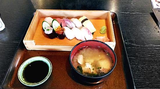 がんがんの満腹寿司セット