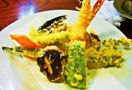 サラダ油の天ぷらはサラダ油に悪い成分があります。