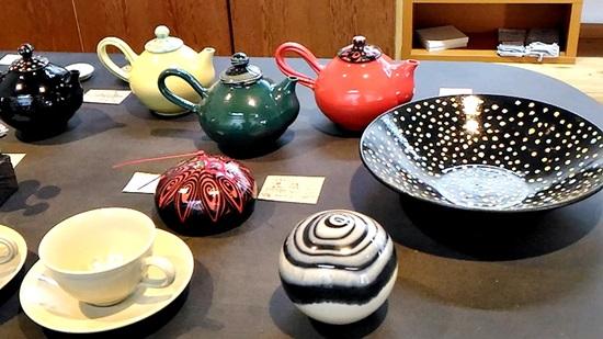 彩陶庵ロフトの金子司さんの陶器