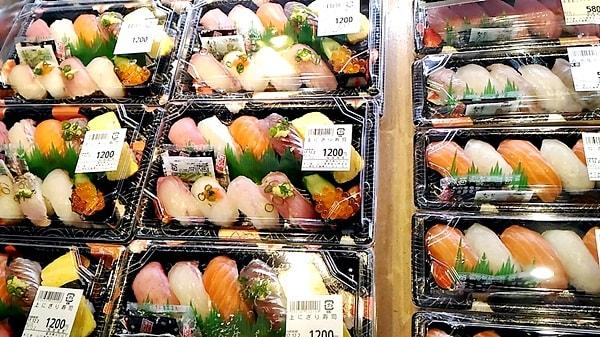 萩市しーまーとの魚介類のおみやげ萩市しーまーとのおみやげP_20171202_132103_BF-005-007-min