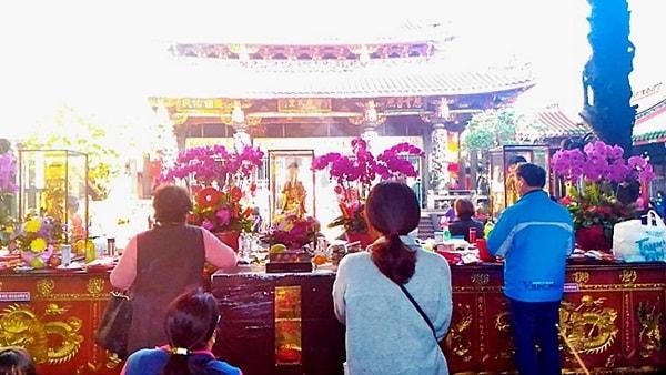 龍山寺の参拝