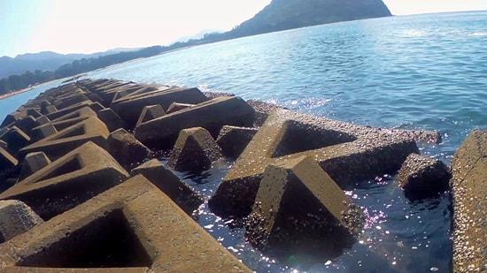 菊ヶ浜のテトラポット