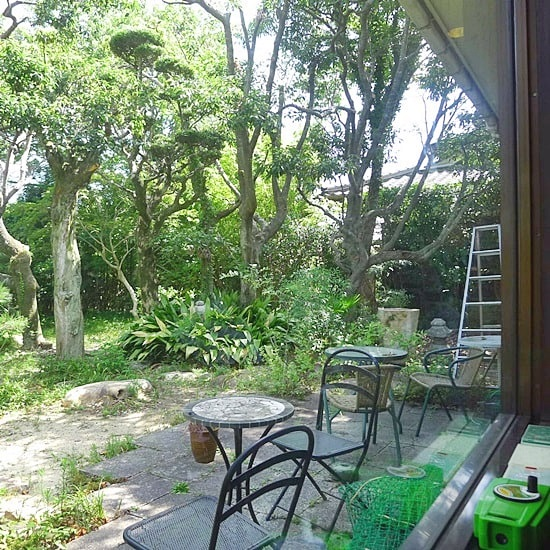 長屋門珈琲カフェ・ティカルの庭